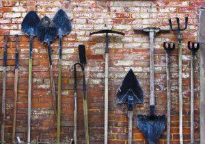 garden_tools-300x210