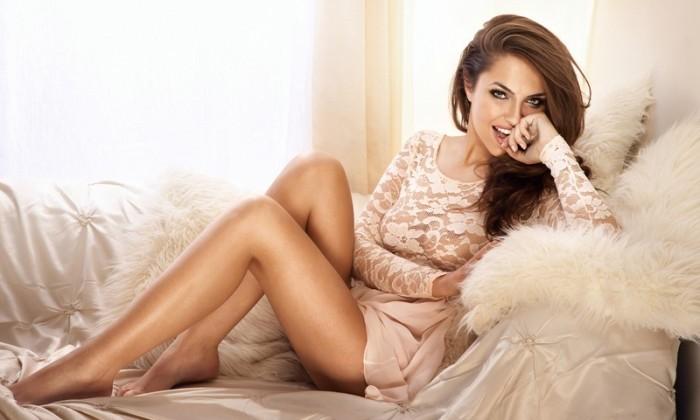 sexy-girl-flirting-e1444293836313